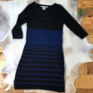 Max Studio sweater dress medium black blue striped